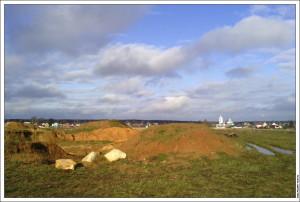 Раскопки в поле